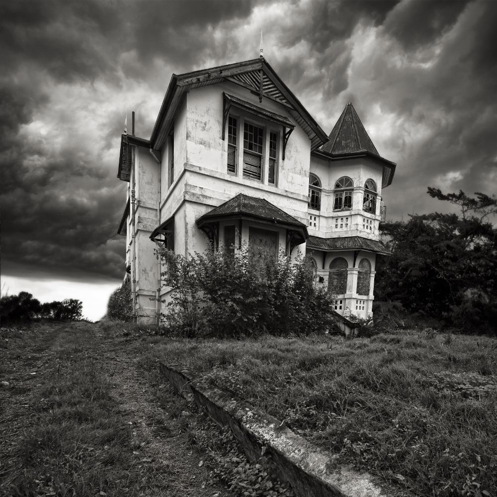 Haunted Houses: Model-Based Machine Learning (Early Access): Chapter 1. A